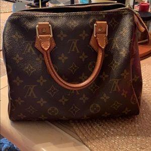 Used Louis Vuitton speedy 25